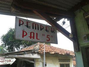 """""""Pempek PAL 5"""""""